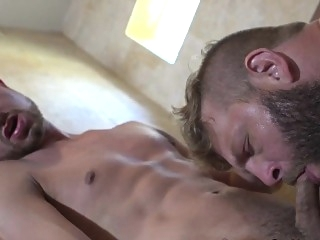 Athletic straight jock pounding ass in shower blowjob (gay) gays (gay) masturbation (gay)